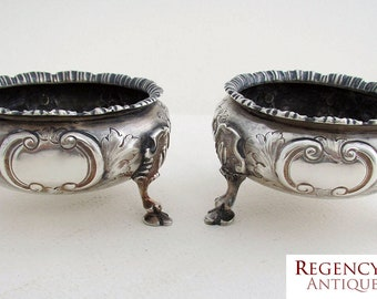 Antique Victorian Large Pair 183g (1862) Solid Sterling Silver English hallmarked Salt Footed Cellars/Dishes. 19th-Century