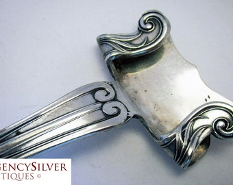 Rare Art Nouveau (c1880) Antique Silver Plated Dish Holder Gripper Handle. Late 19th-century.