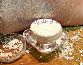 White Magick, 5 Grams Pure Mineral Eye Shadow, Use A Primer Before Applying
