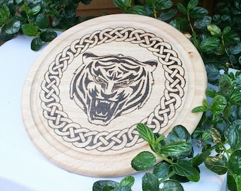 Celtic Rose Bread Board; Wooden Chopping Board; Celtic Board; Hand Burnt Wooden Board; Round Bread Board; Celtic Rose; Tudor Rose;