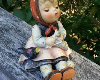 Hummel, Girl Hummel, Knitting, Vintage Hummel, Vintage Collectible