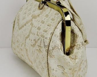 Rare Vintage 1950's 'Ingber' Cream & Gold Brocade Hinged Frame Handbag (USA Made) in Like New Condition