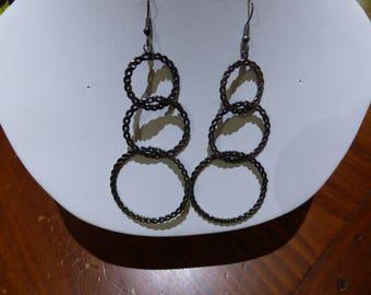 Black metal hanging earrings