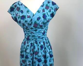 1950's Vintage Dress -  SAKS FIFTH Avenue - VINTAGE Saks Fifth Avenue Floral Dress