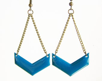 Chevron teal enameled earrings