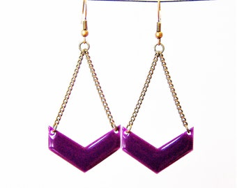 Chevron purple enameled earrings