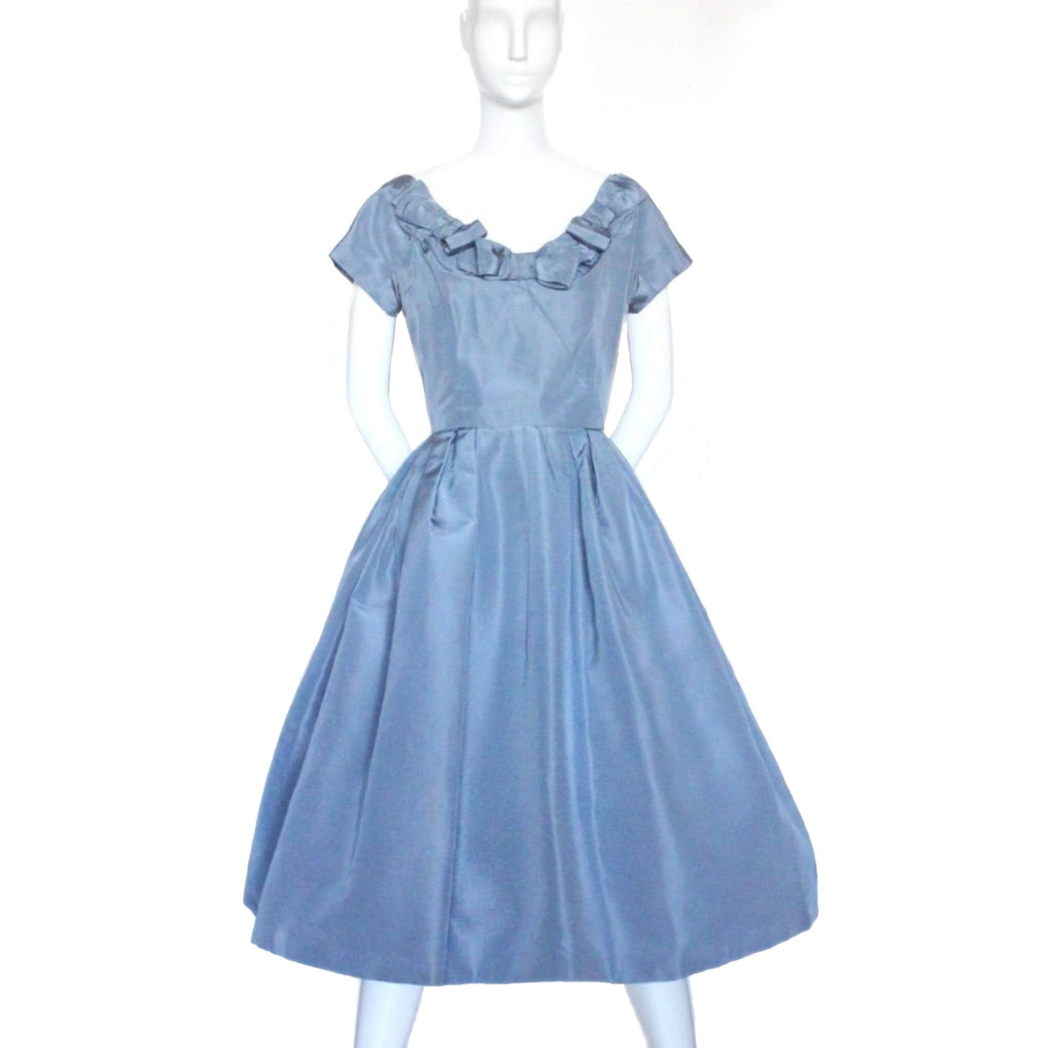 THE DREAM - authentic Christian Dior New Look-era silk faille ...
