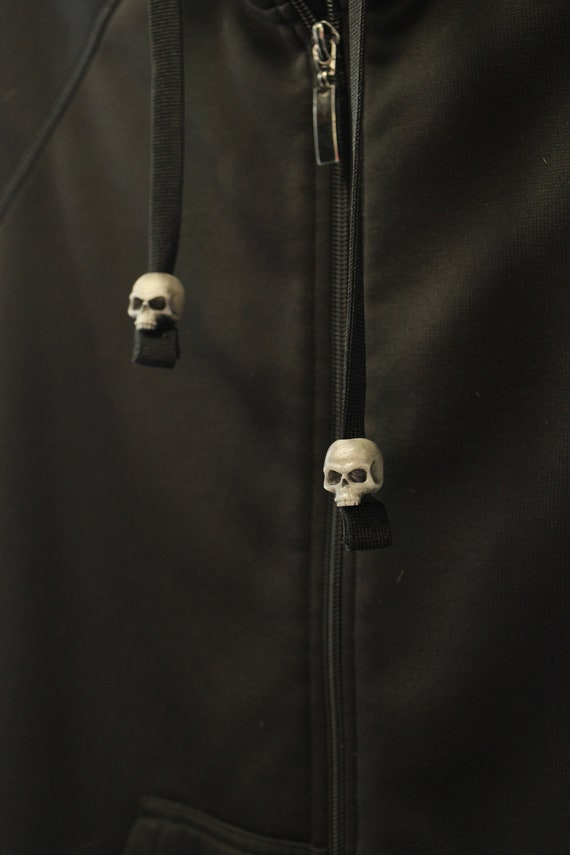 Skull Hoodie Beads // 2 pack //  Paracord Beads, Sweatshirt beads, 4D052