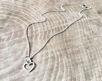 Tiny Heart Mini(malist) Mama Metal All-in-one Necklace // Argentium Silver // Ready to Ship