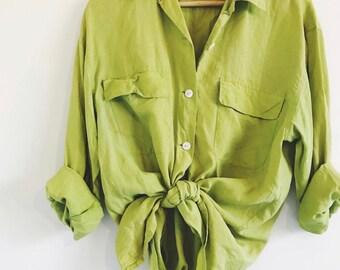 e6fdd1e7 Vintage 90s Silk Country Road Shirt