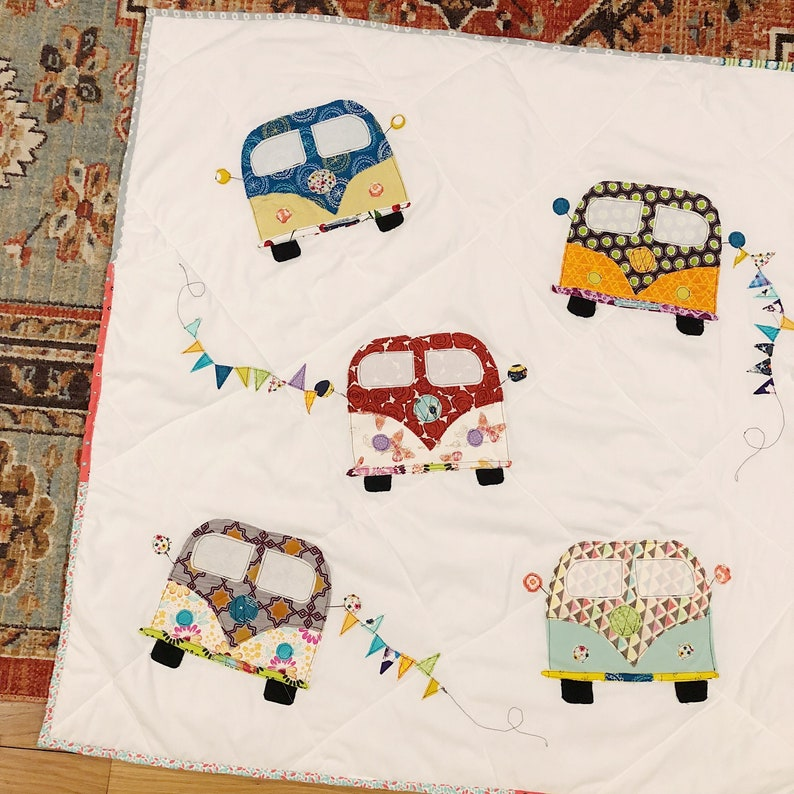 VW Bus Baby Quilt image 0