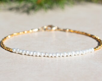 Wedding Jewelry June Pearl Birthstone Bracelet Natural Genuine Freshwater Pearl Bridesmaids Gift for Her Dainty Gold Vermeil Jewelry