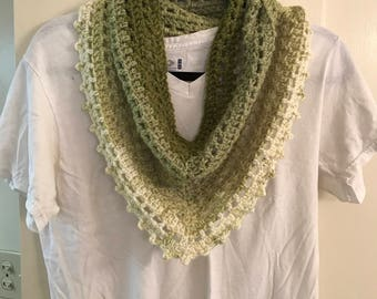 Green/White Cowl (Adult)