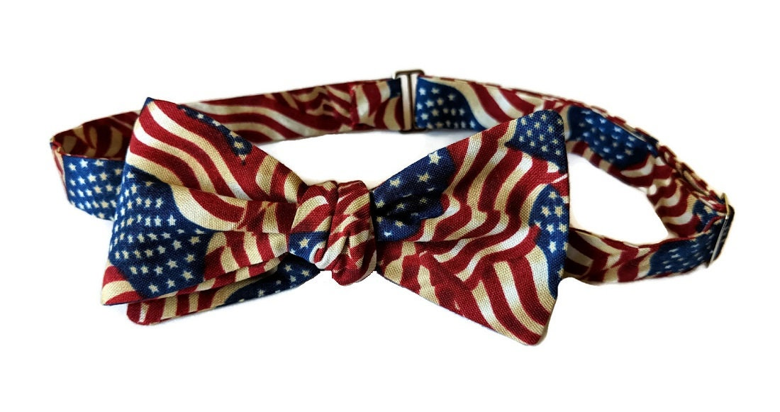 919eea395997 Handmade Self-Tie Bow Tie - Vintage Red, White & Blue Patriotic Flags  Patterned Cotton Bow Tie - Mens and Boys Sizing - Crafted in the USA