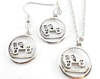Collar & Earrings Offroad Jeep Girl - jeep Lover OIIIIIIO - 4x4 Accessorios- Jeep girl Gift- Love Offroad - Wrangler - Rubicon -Jeep Gift