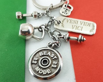 Custom Keychain Italian Motivation - Workout Gift - italy gifts - Bodybuilding gift - Fitness Gift - Latin Words- Gym Gift Wod and Fit