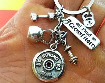 Custom Gym Keychain Spanish Motivational Word - Name Gift - Custom Keychain - Fitness gifts- Motivational Gym -Personal Trainer -Wod & Fit