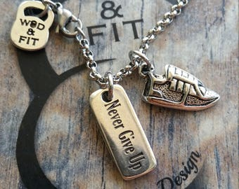 Runner Necklace Workout,Runner and weight.Motivational Jewelry Wod,Kettlebell,Gym jewelry,Fitness,Barbell Dumbbell,Marathon Gift JewelryWod