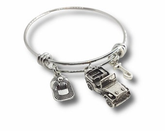 Wire Bangle Bracelet Willys Jeep 4x4 off-road Cap & Your Initial OIIIIIIO- Wrangler -Off Road Lovers- 4x4 Gifts For Her- Jeep Girl Gift