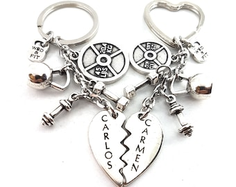 Custom Broken Heart Couple Keychain Name - Gym Gifts- Bodybuilding- BoyFriends gift - Fitness Jewels - Crossfit Gift- Love Gift - Gift Name