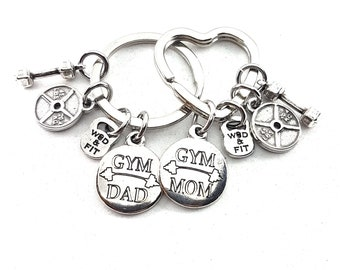 Couple Keychain Gym Mom & Gym Dad,Dumbbell,Weight Plate.Custom Name,Dedication,Fitness,Gym,Parents gift,Mom and Dad gift,Dad and Mom Keyring