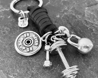 Gym Keychain Barbell Club Black Leather - Workout Gift -  Dumbbell - Bodybuilding Gifts - Weight Lifter - Fitness - Exercise Gift -Wod & Fit