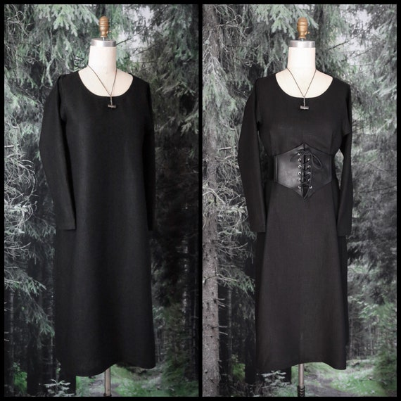 Linen Viking Scoop neck Dress. Perfect garb for Norse, SCA and LARP Reenactment