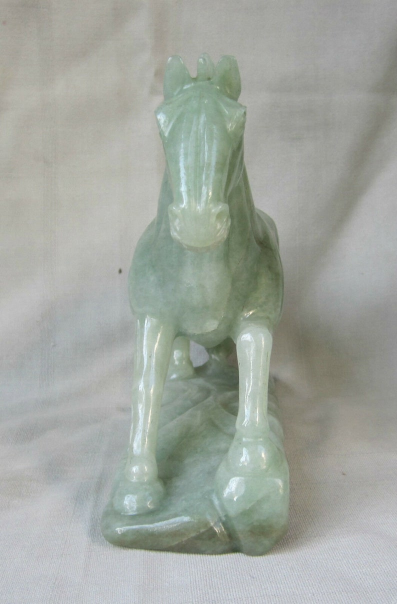 Gemstone Semiprecious Green Jade Aventurine Horse Decorative Sculpture Figurine