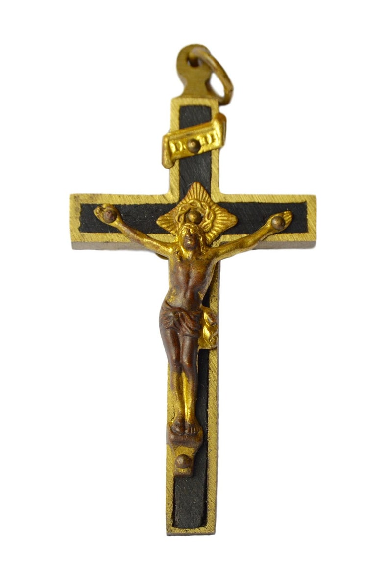 Religious vintage Italian Catholic beautiful gold plated cross pendant charm of Jesus Christ Crucifix