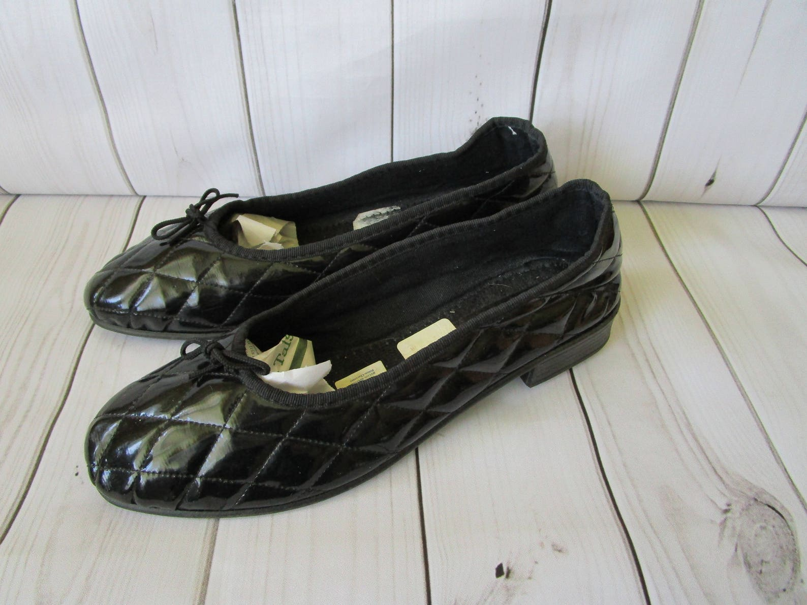 black quilted flat shoes patent leather ballet shoes vintage french shoe original 1980s vintage black quilted court shoes size 8