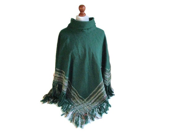 Fabulous Finnish vintage AROLA wool poncho Bohemia
