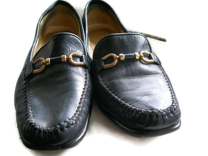 401a0ecca32 Italian Leather Shoes Vintage Shoe Navy Loafers Vintage Flats