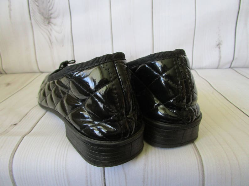 df66a2dee3d0 Black Quilted Flat Shoes patent Leather Ballet Shoes Vintage
