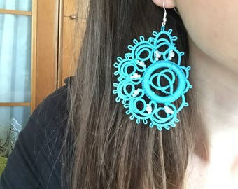 Blu flower power! Bright-blu earrings handmade with needle tatting