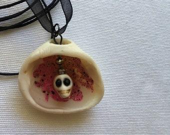 Jewelry, Pendant Necklace, Ice Resin, Seashell, Skull and Ice Resin Seashell