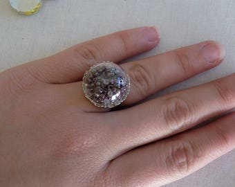 Seed beads and glass dome ring