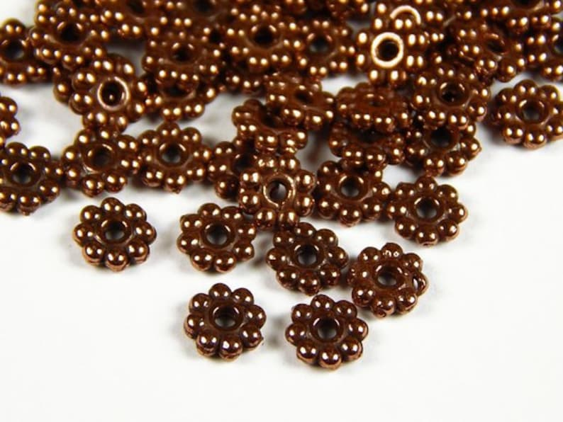 100  9mm FLOWER Spacer Beads 4 necklaces and bracelets Acrylic 1ST CLASS POST