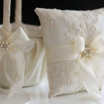 Ivory Flower Girl Basket and Ring Bearer Pillow Set, Ivory Flower Girl and Ring Bearer Set Ring Pillow Wedding ringkissen Pillow ring bearer