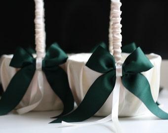 ONE Emerald Flower Girl Basket \ Green Wedding Baskets \ Wedding Ceremony Basket \ Ivory Green basket \ Green Petals Basket, Emerald Wedding