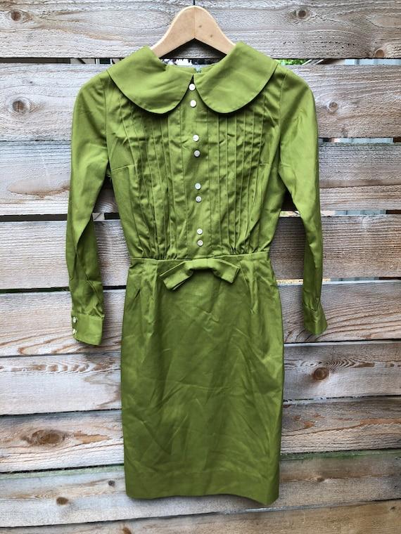 50s chartreuse green long sleeve dress