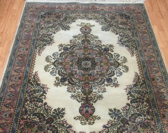 "5'3"" x 7'7"" Turkish Wilton Weave Oriental Rug - 100% Wool Pile"