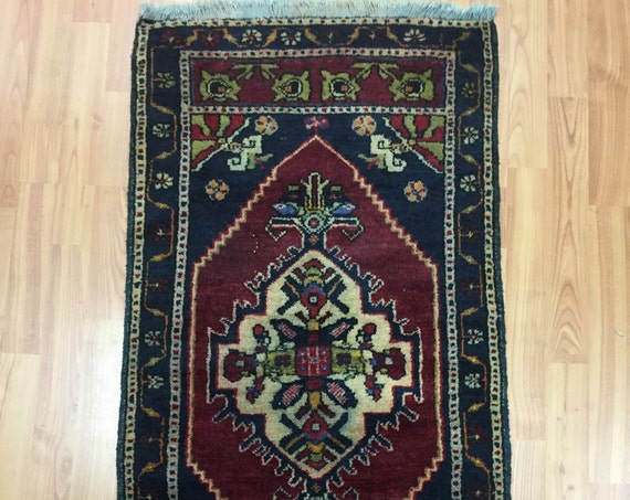 "1'10"" x 3'7"" Turkish Serapi Oriental Rug - 1950s - Hand Made - 100% Wool"