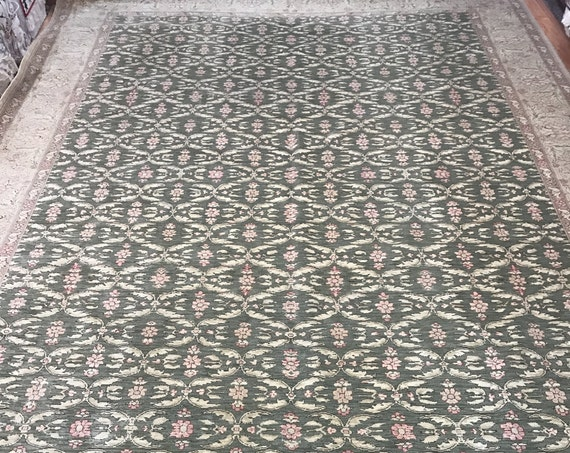 10' x 14' Pakistani Peshawar Oriental Rug - Hand Made - 100% Wool - Vegetable Dye