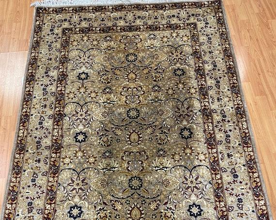 """4'7"""" x 7'2"""" Pakistani Tabriz Oriental Rug - Full Pile - Hand Made - 100% Wool"""