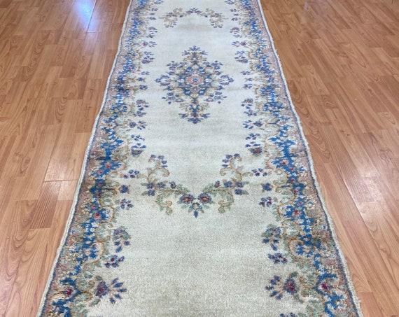 "2'6"" x 9'10"" Indian Floor Runner Oriental Rug - 1980s - Hand Made - 100% Wool"