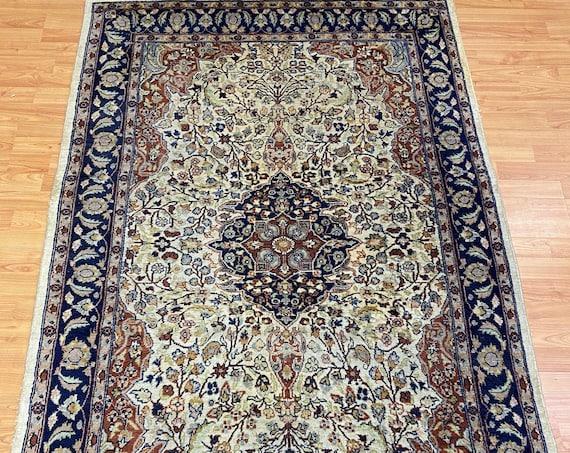 "4' x 6'2"" Pakistani Tabriz Oriental Rug - Hand Made - 100% Wool"
