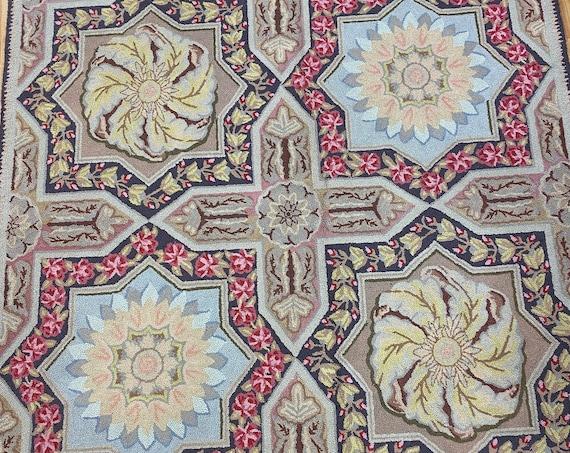 "5'3"" x 5'3"" Chinese Stitch Work Art Deco Oriental Rug - Hand Made - 100% Wool"