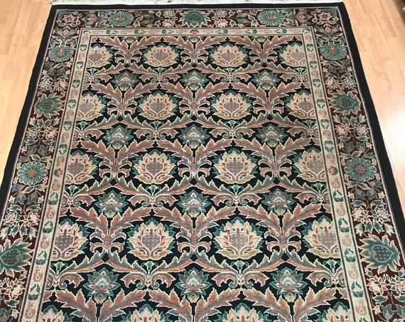 "5'6"" x 8' Chinese Agra Floral Panel Design Oriental Rug - Hand Made - 100% Wool"