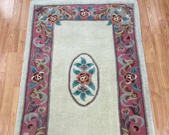"""2'6"""" x 4' Chinese Aubusson Oriental Rug - Tufted - Hand Made - 100% Wool"""