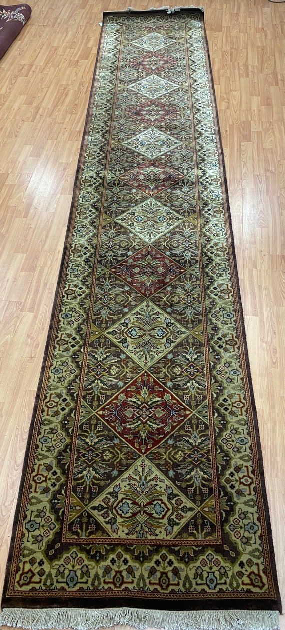 "2'7"" x 13'1"" New Indian Bakhtiari Runner Oriental Rug - Hand Made - 100% Wool"